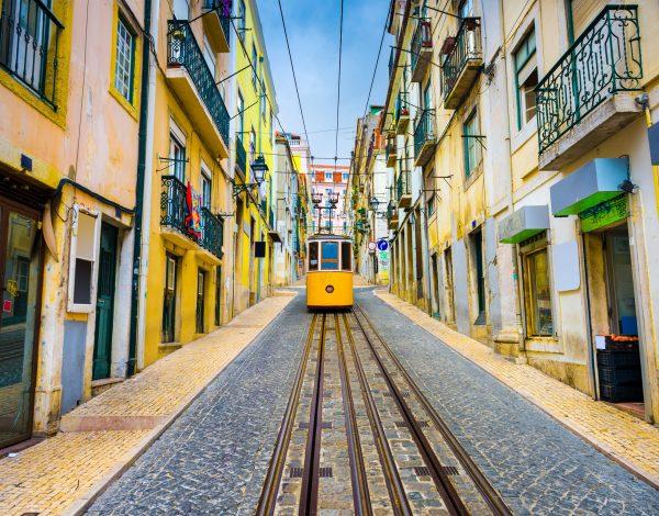 Lizbona – stolica street artu ipastéis de Belém