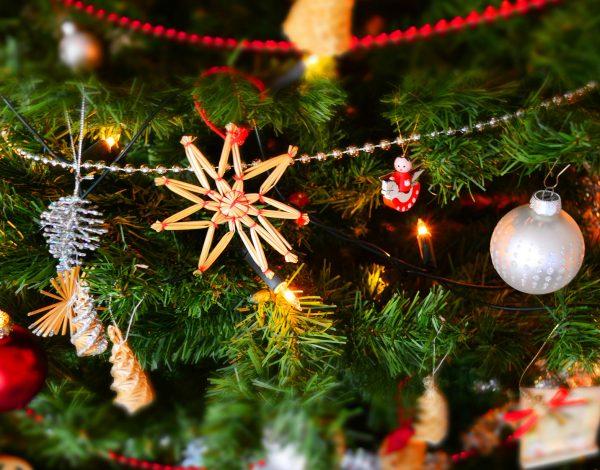 Tradycje świąteczno-noworoczne naświecie